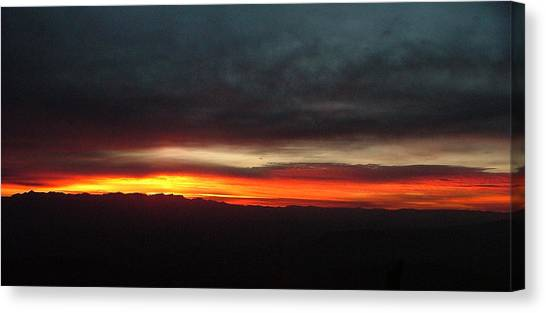 Sunrise From The Rim 002 Canvas Print