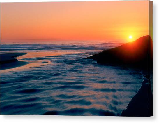 Sunrise Good Harbor Canvas Print
