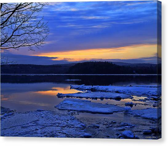 Sunrise In New Brunswick Canvas Print