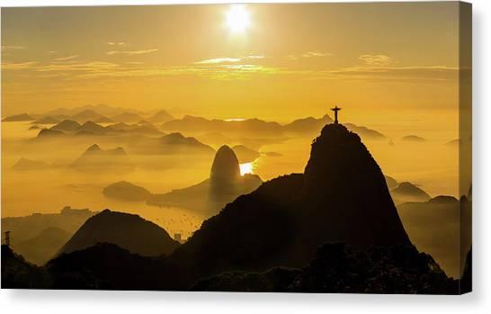 Sunrise In Rio De Janeiro Canvas Print by Flavio Veloso