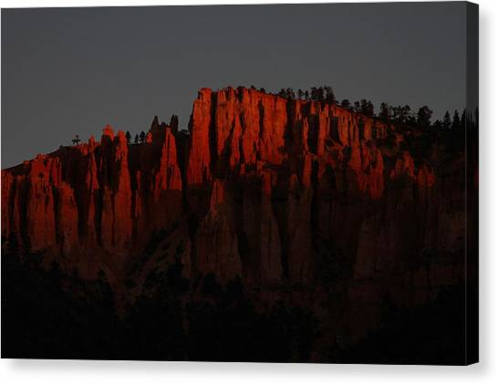 Sunrise In The Desert Canvas Print