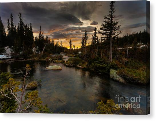 Sunrise In The Indian Peaks Canvas Print