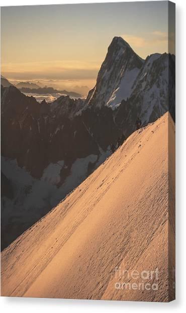 Sunrise Massif Du Mt Blanc Canvas Print by Soren Egeberg