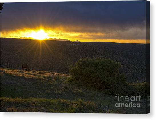 Sunrise Mesa Verde Canvas Print by Keith Ducker