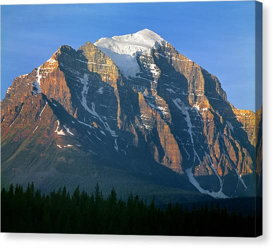 1m3518-sunrise On Mt. Temple Canvas Print