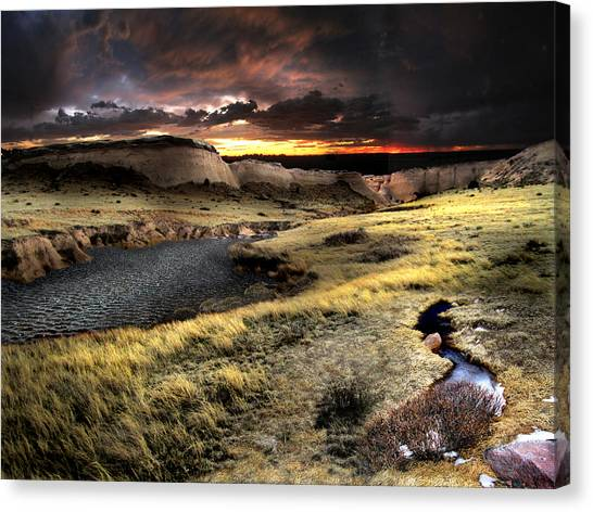 Sunrise On The Pawnee Grasslands Canvas Print by Ric Soulen