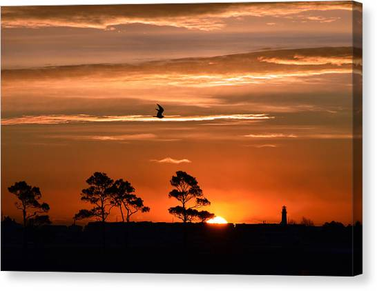 Sunrise Over Fenwick Island Canvas Print