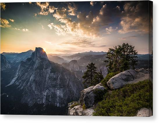 Sunrise Over Half Dome At Glacier Point Canvas Print