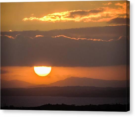 Sunrise Over River Shannon Canvas Print