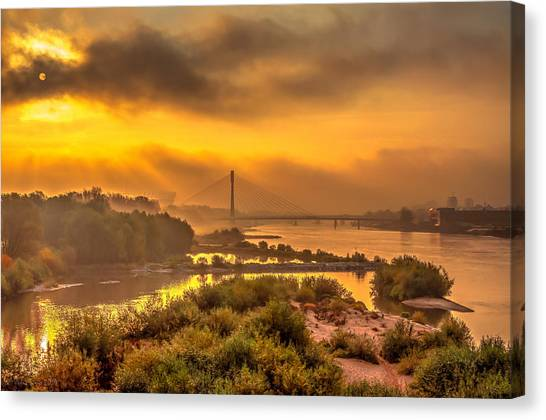 Sunrise Over Swiatokrzyski Bridge In Warsaw Canvas Print
