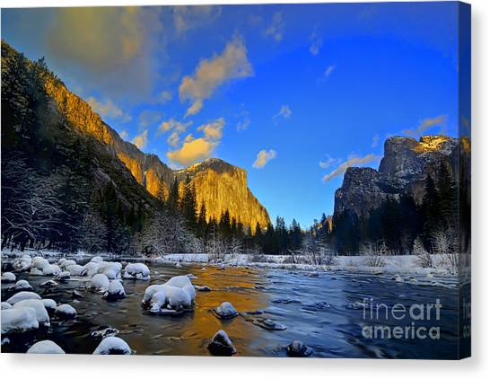 Sunrise Yosemite Valley Canvas Print
