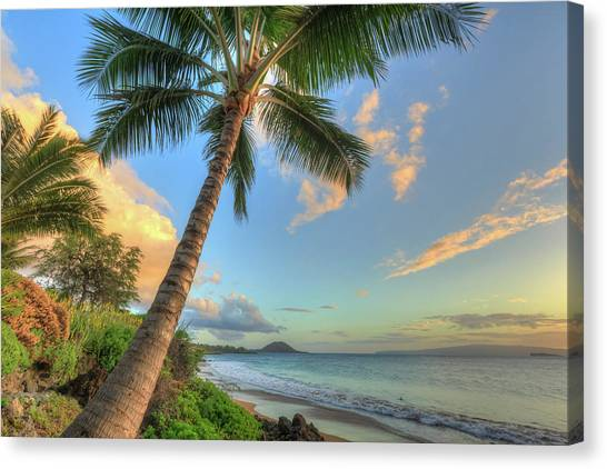 Sunset At Beach, Wailea, Maui, Hawaii Canvas Print by Stuart Westmorland