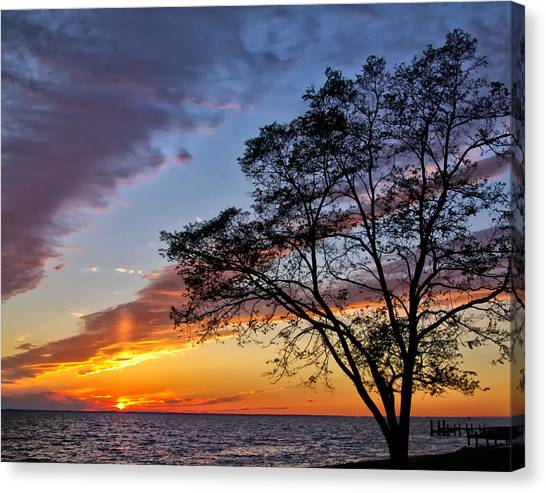 Sunset At Chesapeake Beach Canvas Print