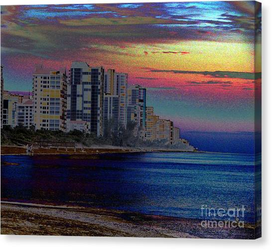 Sunset At Seagate Beach  Canvas Print by Doris Wood
