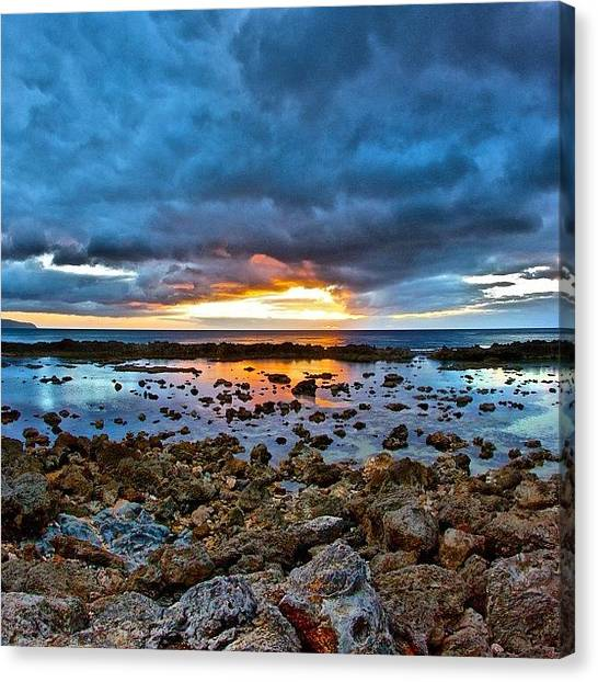 Hawaii Canvas Print - #sunset #ignation #igtube #instalike by Brian Governale