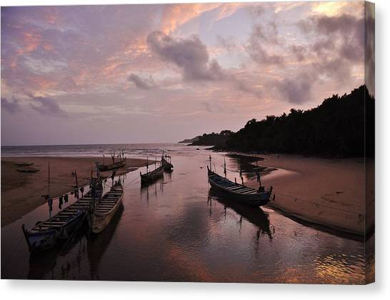 Sunset In Ghana Canvas Print by Manu G