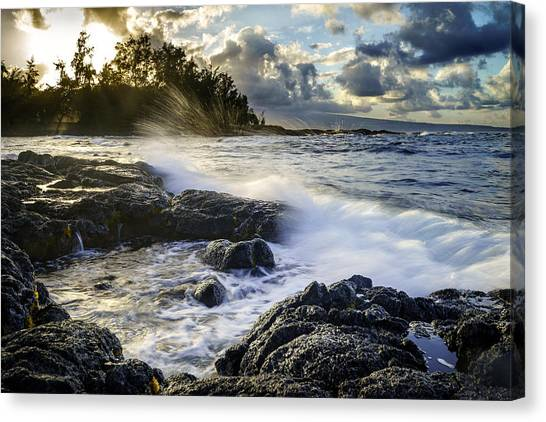 Big Island - Sunset In Hilo Canvas Print