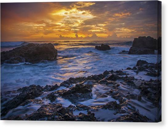 Sunset In Tamarindo Canvas Print