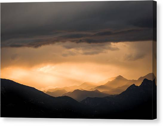 Sunset In The Mountains Canvas Print