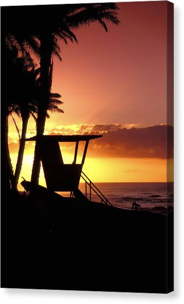 Lifeguard Canvas Print - Sunset Lifeguard Station by Sean Davey