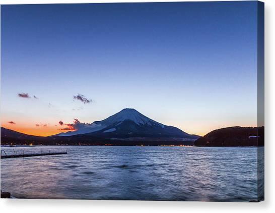 Sunset Mt. Fuji Canvas Print by Daisuke Tashiro