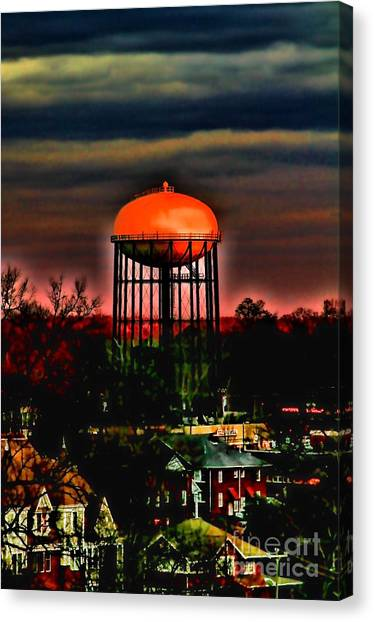 Sunset On A Charlotte Water Tower By Diana Sainz Canvas Print