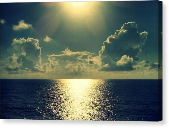 Sunset On The Atlantic Ocean Canvas Print