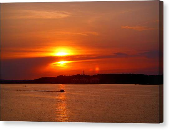 Sunset Over Lake Ozark Canvas Print
