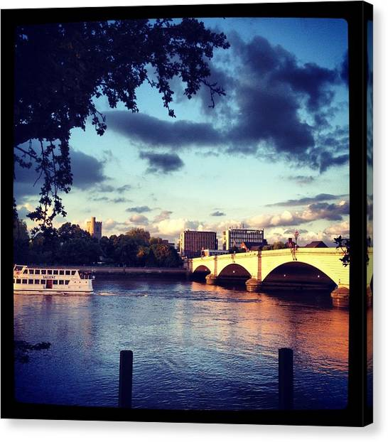 Sunset Over Putney Bridge Canvas Print by Maeve O Connell