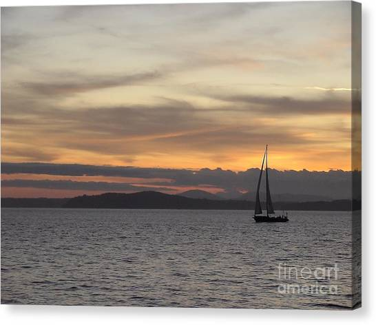 Sunset Sail In Seattle Canvas Print