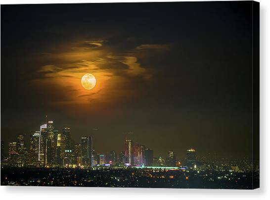 Super Blue Bloody Moon Canvas Print by Eunice Kim