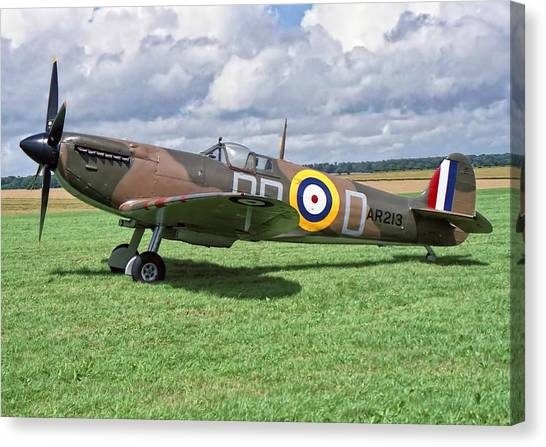Supermarine Spitifire 1a Canvas Print