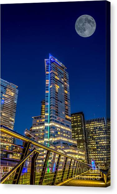 Supermoon Over Downtown Vancouver - By Sabine Edrissi Canvas Print