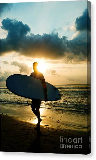 Canvas Print featuring the photograph Surfer by Yew Kwang