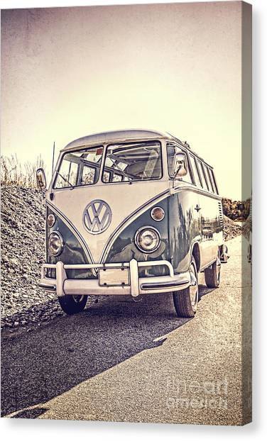 New Hampshire Canvas Print - Surfer's Vintage Vw Samba Bus At The Beach by Edward Fielding