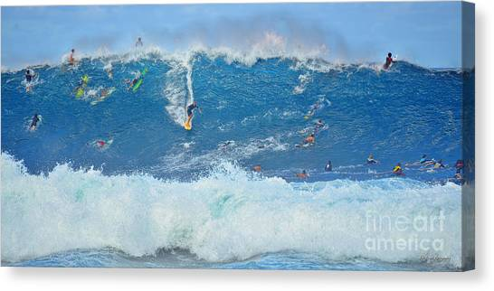 Surviving The Banzai Pipeline Canvas Print