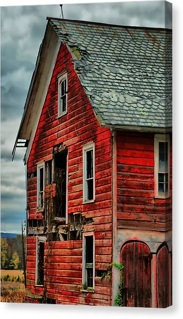 Sussex Barn  Canvas Print