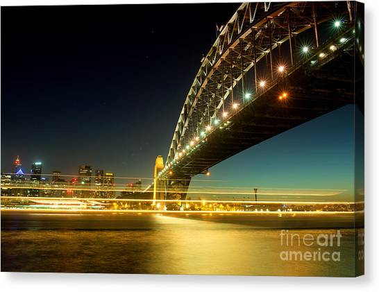 Canvas Print featuring the photograph Sydney Harbour Bridge by Yew Kwang