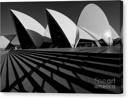 Canvas Print featuring the photograph Sydney Opera House 02 by Yew Kwang