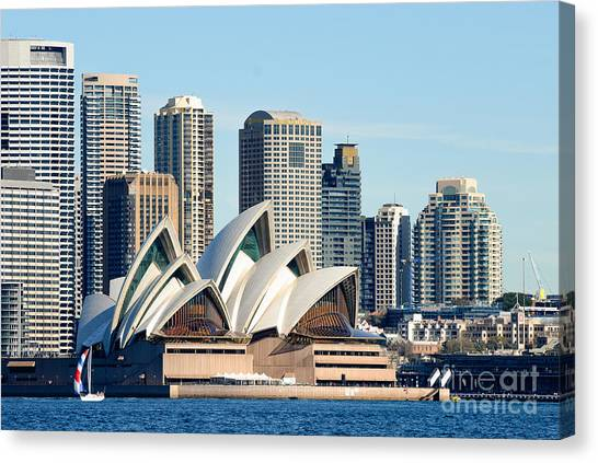 Sydney Opera House And Sydney Harbor - A Classic View Canvas Print