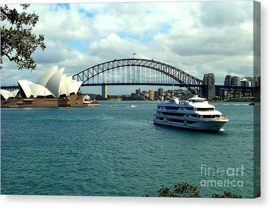 Sydney Opera House Canvas Print by John Potts