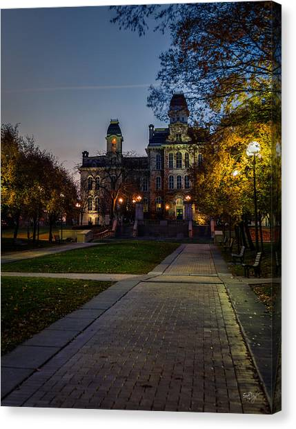 Syracuse University Canvas Print - Syracuse University  by Everet Regal
