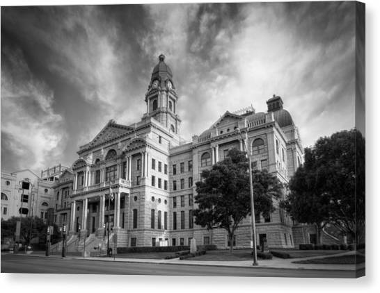 Tarrant County Courthouse Bw Canvas Print