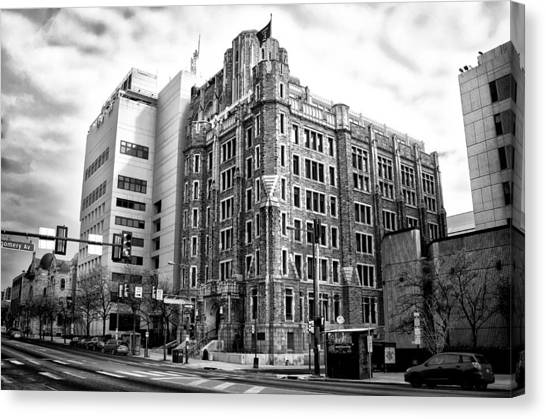 Temple University Canvas Print - Temple University In Black And White by Bill Cannon