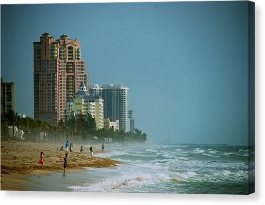 The Beach Near Fort Lauderdale Canvas Print