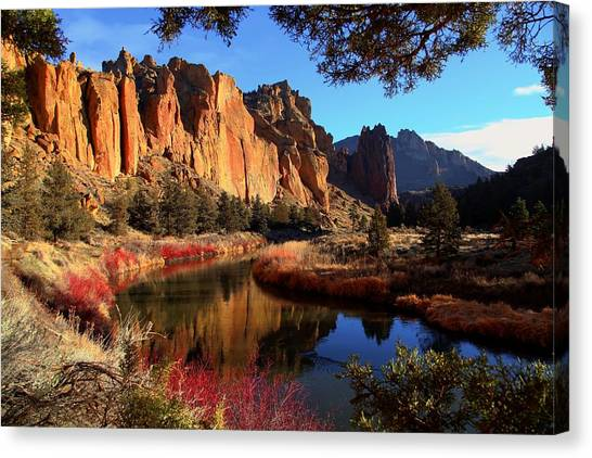 The Bend In The River Canvas Print