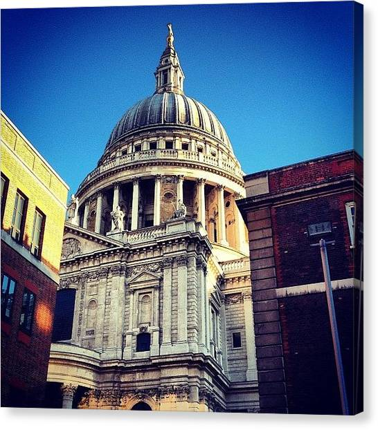 Wrens Canvas Print - The Big Glimpse. #stpauls #wren by Alex Nisbett