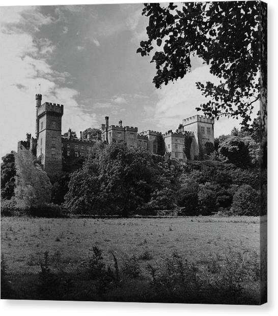The Cavendish's Castle Canvas Print