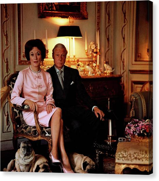 The Duke And Duchess Of Windsor In Their Paris Canvas Print by Horst P. Horst