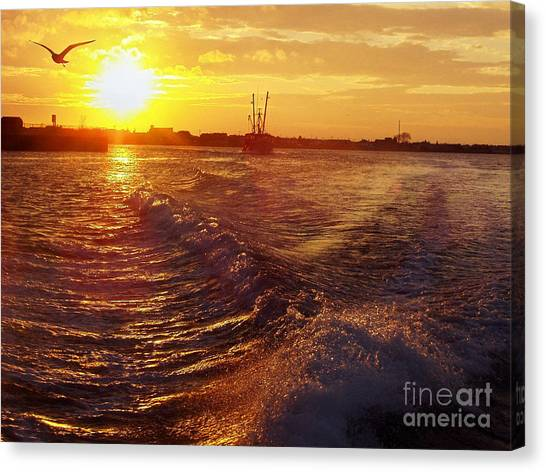 The End To A Fishing Day Canvas Print